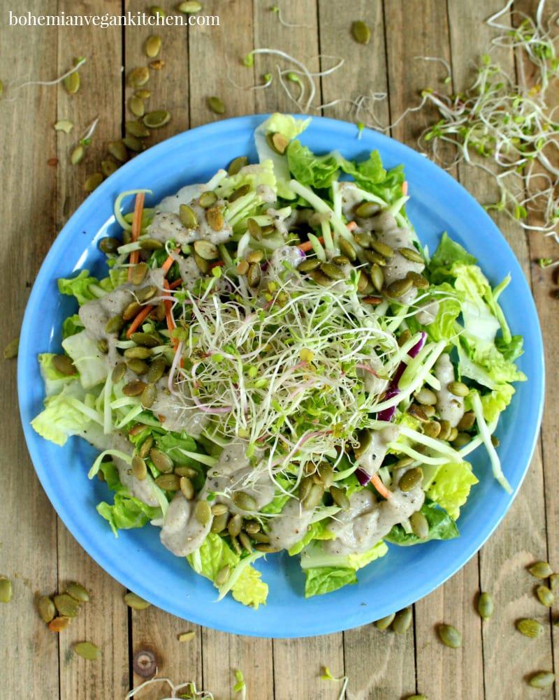 "Low-Histamine Vegan Salad with Chia ""Ranch"" Dressing #glutenfree #easy #lowhistamine #vegan #lowhistaminevegan #bohemianvegankitchen"