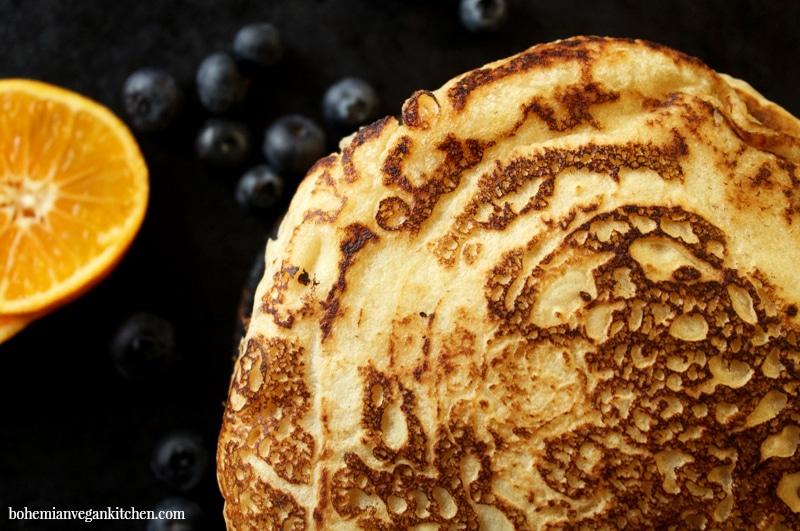 Homemade vegan pancakes #dairyfree #eggfree #veganpancakes #veganpancakerecipe #bohemianvegankitchen