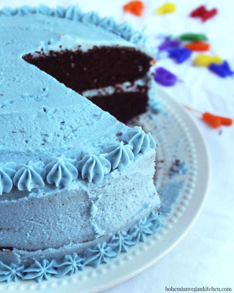 picture of vegan birthday cake sliced.