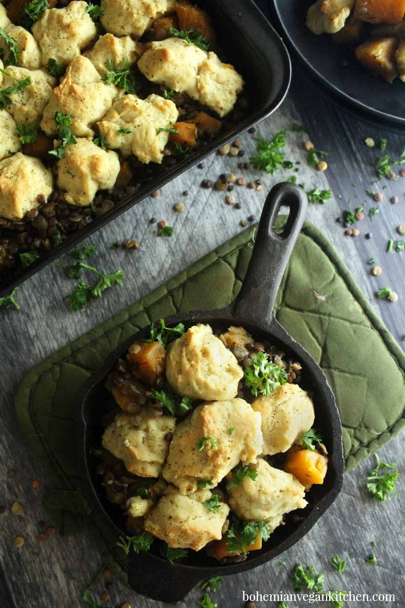 This southern #vegan #biscuit #casserole will make you happy today! #glutenfree option #lowhistamine #bohemianvegankitchen