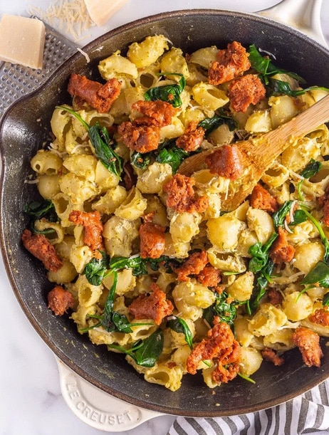 Looking for the perfect vegan beyond meat recipes to satisfy meat-eating friends and family? Check out this list of classic dishes that will WOW any guest! #beyondmeatrecipes #beyondmeat #beyondmeatveganrecipes #veganmeatrecipes #veganmeatdinner #vegancomfortfood #bohemianvegankitchen