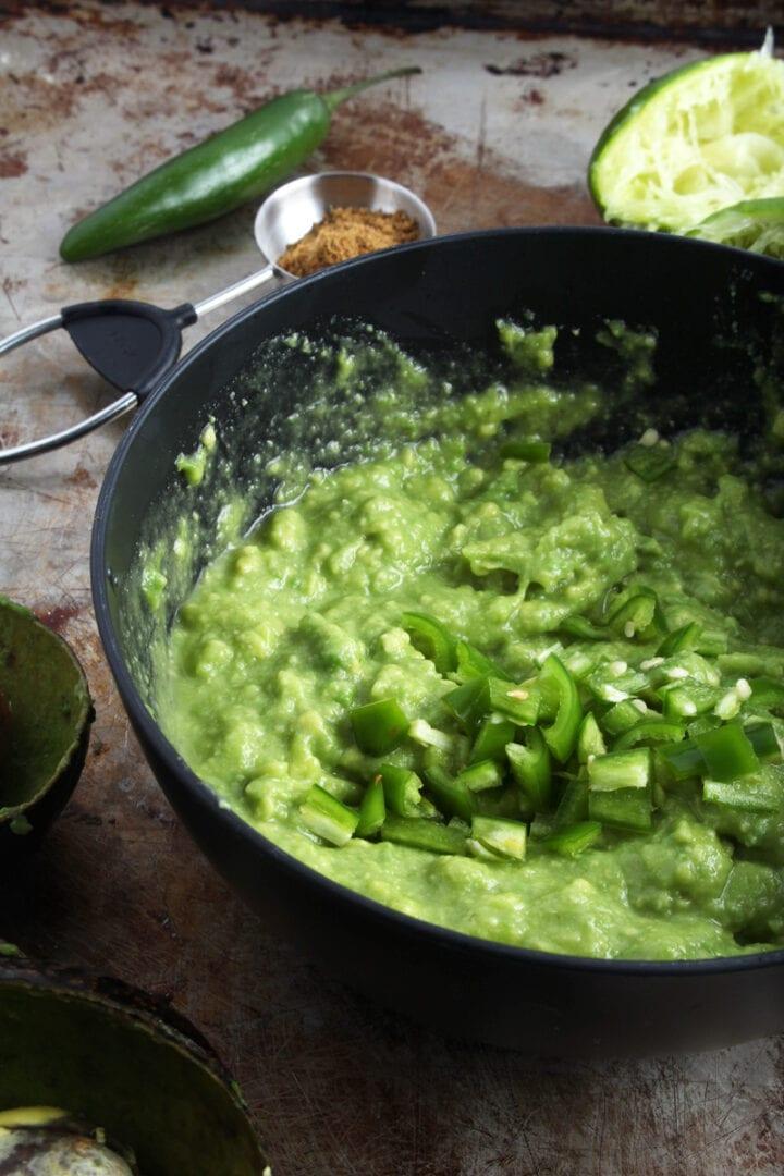 picture of guacamole