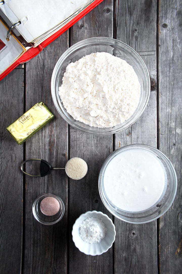 the ingredients needed for this vegan biscuits recipe