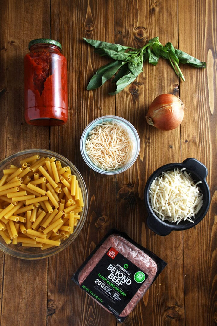 picture of the ingredients needed for vegan baked ziti recipe